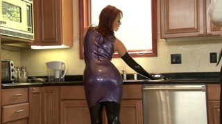 Nicki Hunter latex cumslut