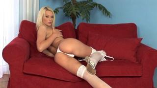 Blonde Kittie working her snatch