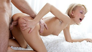 Blonde hot sexy girl crammed hard in her twat