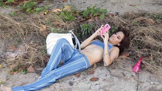 Petite Latina love to swallow load