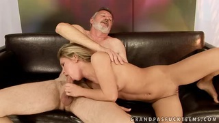Bianca Arden sucks off a fat sweaty dick