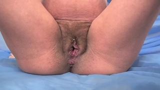 pregnant - Jade