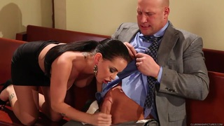 Sexy Brandy Aniston gets her moist moth hammered