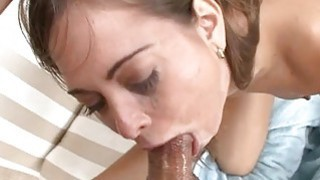 Nicelooking hottie is sucking dudes third leg