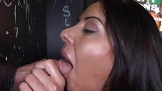 Wicked chick creates tremors with bawdy fellatio