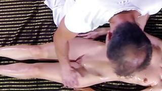 Strong masseur gets blowjob