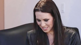 RayVeness gathers her thoughts, looking for Jenna