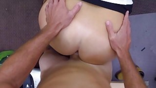 Curvy babe screwed by nasty pawn keeper