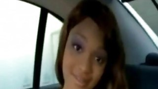 Gorgeous ebony likes fucking in the back seat