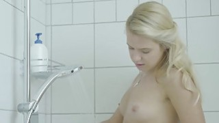 Cute virgin teen masturbating in the shower