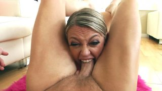Dee Williams orally serves the hard cock and balls in POV